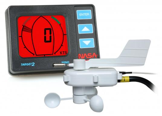 Das TARGET V2 ist eine Windmessanlage für robusten Seebetrieb, die Ihnen sowohl die Windrichtung als auch die Windgeschwindigkeit anzeigt.Digitale Anzeige der Windgeschwindigkeit in MPH, Knoten oder m/s.  (Bild 9 von 10)
