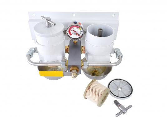 Die qualitativ hochwertigen Doppel-Turbinenfilter von Racor dienen als Vorfilter und verfügen über einen Wasserabscheider. Erhältlich als 500er, 900er und 1000er Doppel-Turbinefilter. (Bild 3 von 3)