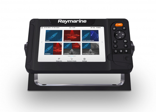 """Smartes 7""""-Multifunktionsdisplay mit benutzerfreundlicher Bedienoberfläche und integrierter GPS-Antenne. Eine klassische Tastenbedienung und dieRaymarine LightHouse Sport Oberfläche sorgen für eine intuitive Bedienung des Geräts. Mit eingebauter HyperVision-Sonartechnologie für eine herausragende Bildqualität der Unterwasserwelt. Lieferung ohne Geber. (Bild 4 von 5)"""