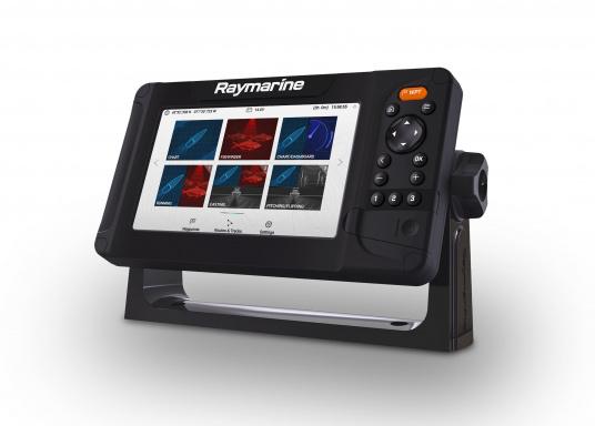 """Smartes 7""""-Multifunktionsdisplay mit benutzerfreundlicher Bedienoberfläche und integrierter GPS-Antenne. Eine klassische Tastenbedienung und die Raymarine LightHouse Sport Oberfläche sorgen für eine intuitive Bedienung des Geräts. Mit eingebauter HyperVision-Sonartechnologie für eine herausragende Bildqualität der Unterwasserwelt. Lieferung inklusive HV-100 Geber. (Bild 3 von 10)"""
