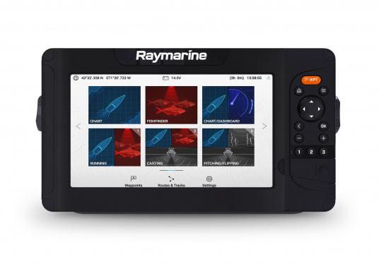 """Smartes 9""""-Multifunktionsdisplay mit benutzerfreundlicher Bedienoberfläche und integrierter GPS-Antenne.Auf einen Touchscreen wurde bewusst verzichtet, da die klassische Tastenbedienung in Verbindung mit der Raymarine LightHouse Sport Oberfläche auch bei schnellen Fahrten und starken Seegang für eine intuitive und präzise Bedienung des Gerätes sorgt. (Bild 2 von 5)"""