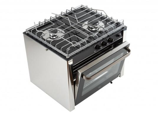 Design, quality and performance. This high quality RVS gas oven has two burners and is made of robust stainless steel. Its black thermal glass surface gives it a visually appealing design. Suitable for fixed or half-gimbal installation. (Image 2 of 6)