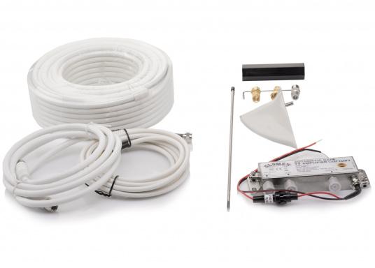 Die kompakte DVB-T2 und DAB-Antenne NASHIRA überzeugt mit vollständiger Autonomie. Der integrierte Verstärker übernimmt die gesamten Einstellungen und passt die Verstärkung des TV- und DAB-Signals automatisch an, um den bestmöglichen Empfang zu gewährlseiten. So können Sie bequem Ihre Lieblingssendungen aus dem lokalen Fernsehen in Full HD genießen. (Bild 3 von 3)