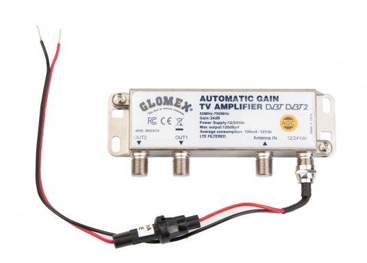 Die kompakte DVB-T2 und DAB-Antenne NASHIRA überzeugt mit vollständiger Autonomie. Der integrierte Verstärker übernimmt die gesamten Einstellungen und passt die Verstärkung des TV- und DAB-Signals automatisch an, um den bestmöglichen Empfang zu gewährlseiten. So können Sie bequem Ihre Lieblingssendungen aus dem lokalen Fernsehen in Full HD genießen. (Bild 2 von 3)
