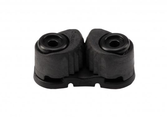 Die hochwertige Schotklemme CAM CLEAT 27 von SELDEN ist für 3 - 6 mm Tauwerk geeignet und verfügt über eine sichere Arbeitlast von 90 kg. Gewicht: 15 g.