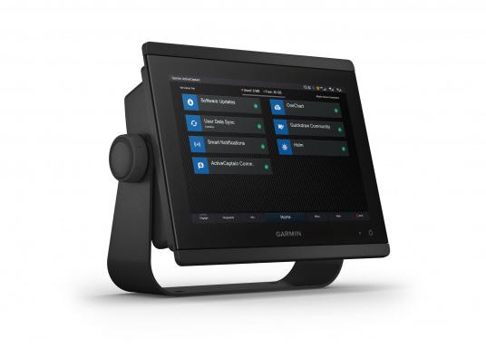 """Das GPSMAP 8410 Multifunktionsdisplay von GARMIN überzeugt mit einem 10"""" Full HD IPS Touchscreen für noch größere Betrachtungswinkel und einer brillianten Lesbarkeit auch bei Sonneneinstrahlung und einer polarisierenden Brille. Vielfältige Konnektivitätsmöglichkeiten und Netzwerklösungen geben Ihnen die komplette Kontrolle über Ihr System. (Bild 2 von 3)"""