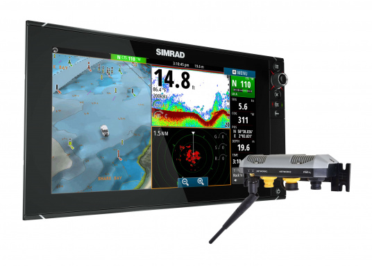 Le traceur NSS7 evo2 est un écran multifonction 16 pouces, facile à utiliser qui comprend un GPS intégré, StructureScan® HD, un sondeur CHIRP et de nombreuses possibilités d'extension. Sur une console de barre ou intégré à une, le grand écran du NSS7 evo2 convient parfaitement à la pêche sportive et aux bateaux de croisière.