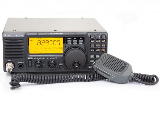 Perfekt für weltweite Funkkontakte.Das Kurzwellenradio IC-718 von ICOM ist der Klassiker. Der kompakte Amateurfunktransceiver wird auf Wunsch gegen Aufpreis für die Marinefrequenzen freigeschaltet und mit den entsprechenden Frequenzen von uns programmiert.