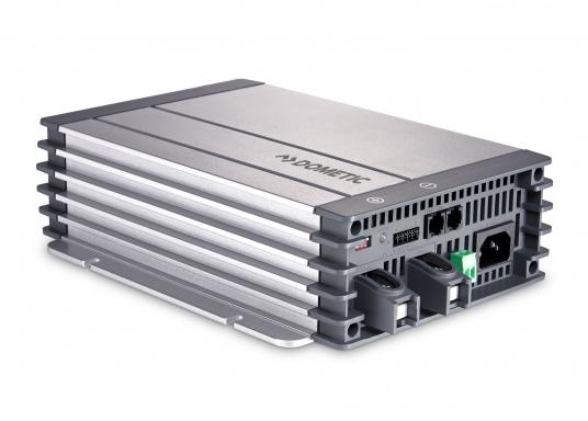 Anspruchsvolle 6-stufige Ladetechnik zu einem guten Preis! Das Batterieladegerät PerfectCharge MCA1215 von Dometic verfügt über zwei Ladeausgänge (einer davon für die Starterbatterie) und ist für alle Batterietypen geeignet.Dank des Eingangsspannungsbereiches von 110 - 230 V ist es weltweit einsetzbar.
