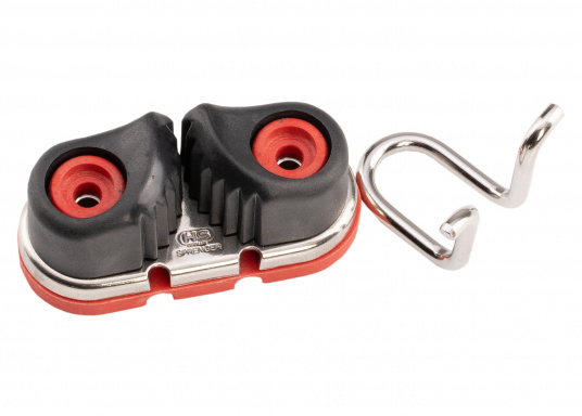 Die Gleitlager-Schotklemme von Sprenger wird komplett mit Grundplatte geliefert. Für Tauwerk mit dem Durchmesser: 8 - 13 mm.