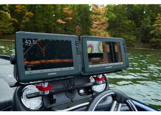 La nuova serie EchoMAP Ultra di Garmin è in grado di riprodurre in tempo reale immagini ad alta risoluzione dell'ambiente sottomarino ed offre in più le funzionalità complete di un navigatore cartografico. EchoMAP Ultra 102sv monta un display impermeabile da 10 pollici. Il trasduttore sonar GT54UHD-TM è incluso. (Immagine 12 di 14)