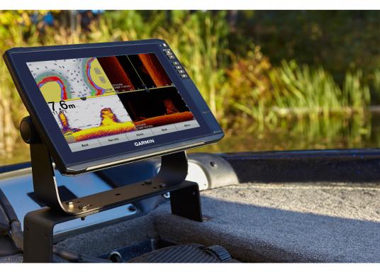 """Mit der neuen EchoMAP Ultra-Serie von Garmin erhalten Sie hochauflösende Darstellungen der unmittelbaren Unterwasserwelt in Kombination mit einem Kartenplotter. Der EchoMAP Ultra 102sv verfügt über ein wasserdichtes 10"""" Display und wird mit GT54UHD-TM-Geber geliefert. (Bild 14 von 14)"""