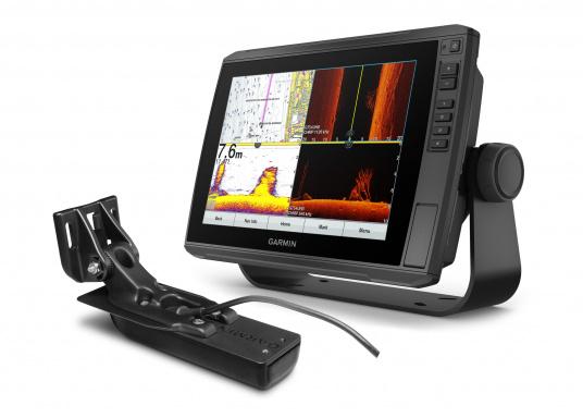 """Mit der neuen EchoMAP Ultra-Serie von Garmin erhalten Sie hochauflösende Darstellungen der unmittelbaren Unterwasserwelt in Kombination mit einem Kartenplotter. Der EchoMAP Ultra 102sv verfügt über ein wasserdichtes 10"""" Display und wird mit GT54UHD-TM-Geber geliefert."""
