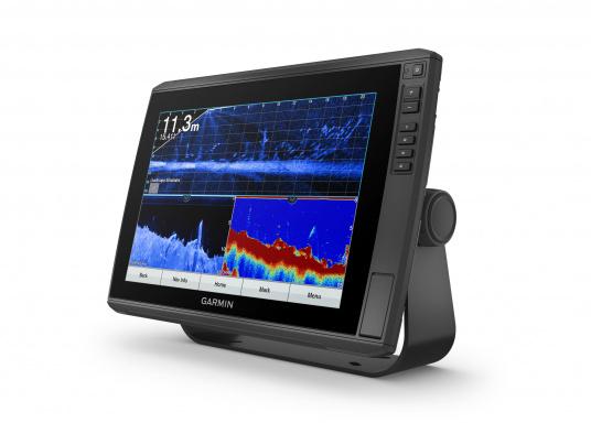 """Mit der neuen EchoMAP Ultra-Serie von Garmin erhalten Sie hochauflösende Darstellungen der unmittelbaren Unterwasserwelt in Kombination mit einem Kartenplotter. Der EchoMAP Ultra 122sv verfügt über ein wasserdichtes 12"""" Display und wird mit GT54UHD-TM-Geber geliefert. (Bild 4 von 13)"""
