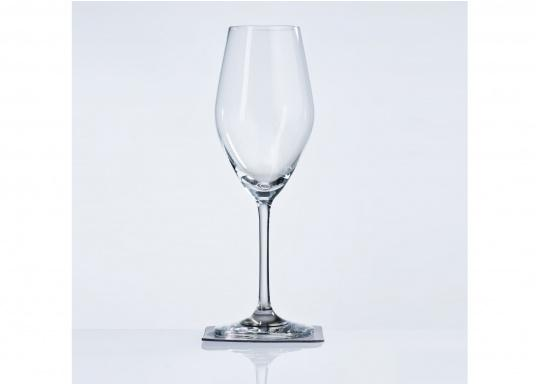 These elegant magnetic crystal glass champagne glasses with built-in magnets in the bottom are secure even at high seas! The glasses are made of crystal glass and are supplied as a set of 2 including metallic gel coasters. Capacity: 250 ml (Image 3 of 9)