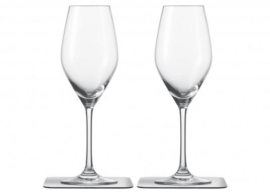 These elegant magnetic crystal glass champagne glasses with built-in magnets in the bottom are secure even at high seas! The glasses are made of crystal glass and are supplied as a set of 2 including metallic gel coasters. Capacity: 250 ml (Afbeelding 2 of 9)