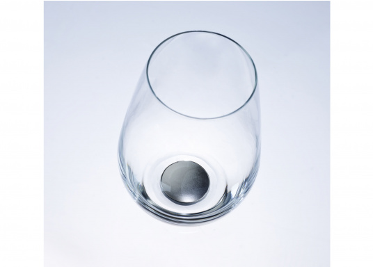 These elegant magnetic crystal glass longdrink glasses with built-in magnets in the bottom are secure even at high seas! The glasses are made of crystal glass and are supplied as a set of 2 including metalic gel coasters. Capacity: 400 ml. (Afbeelding 3 of 5)