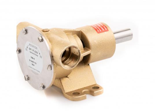 Die Impellerpumpe F5B-8 von JOHNSON kann für verschiedene Anwendungsbereiche verwendet werden: als Kühlwasserpumpe für Motoren, Lenzpumpe, Spülpumpe und als Pumpe für die Entleerung von Fäkalientanks.