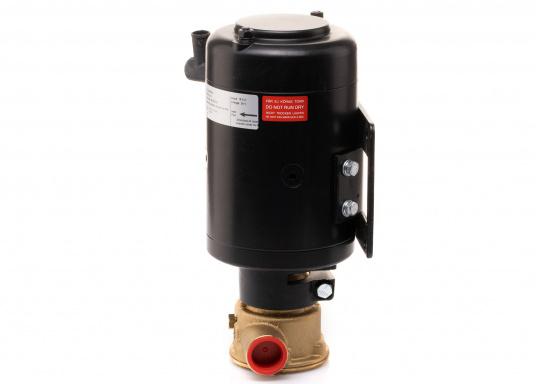 Ideal zum Abpumpen von Bilgenwasser, als Auftankpumpe, für Waschanlagen, als Feuerlöschpumpe, für Frischwasser etc. Spannung: 24 V. (Bild 6 von 8)