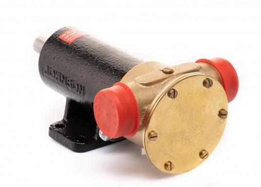 Die Impellerpumpe F7B-3000 ist als Kühlwasserpumpe für Motoren, Lenzpumpe, Spülpumpe und als Pumpe für die Entleerung von Fäkalientanks geeignet. (Bild 7 von 8)
