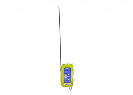 """Rettung naht! Mit dem Notfallsender easyRescue Pro3 werden Ihre Überlebenschancen enorm erhöht. Jedes Schiff mit AIS an Bord kann die """"Live""""-Position der verunglückten Person am PC oder Plotter sehen und eine sofortige Rettungsaktion einleiten. Neben der AIS Alarmierung erfolgt parallel ein DSC distress call sowie die Aussendung eines 121,5 MHz homing Signals. Die Auslösung erfolgt automatisch. (Bild 6 von 8)"""