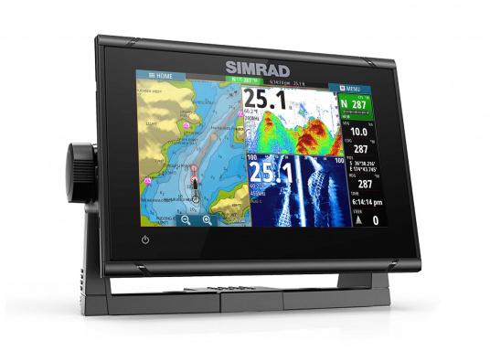 """Das neue 7"""" Kartenplotter-Navigationsdisplay GO7 XSR von Simrad bietet Ihnen eine Reihe von neuen Technologien. Durch einen integrierten GPS-Empfänger, drahtloser Konnektivität über WIFi, eine Vielzahl an Anschlussmöglichkeiten über das NMEA2000 Netzwerksystem und der Plug-and-Play Radarkompatibilität wird das Navigieren auch bei schlechten Bedingungen leicht gemacht. Lieferung inklusive TotalScan-Geber und 3G Radarantenne. (Bild 2 von 16)"""