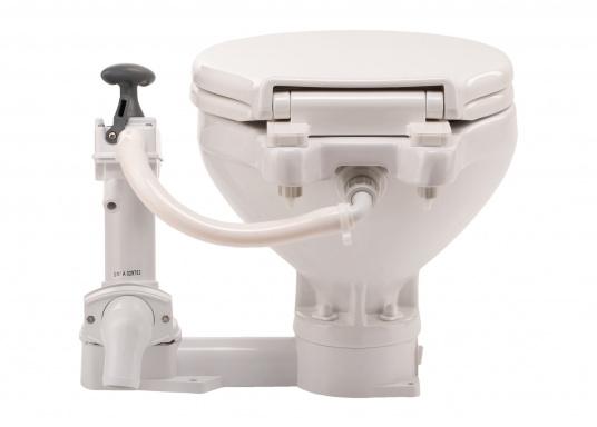 Die manuelle Toilette AquaT von Johnson kann sowohl über, als auch unterhalb der Wasserlinie installiert werden. Flexible Lochmuster sorgen für einen schnellen und einfachen Austausch mit den meist verbreiteten Toiletten auf dem Markt. Geeignet für den Einsatz auf dem Meer, See und Kanal.Ausführung: Kompakt. (Bild 5 von 5)