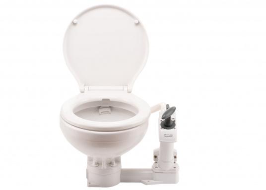 Die manuelle Toilette AquaT von Johnson kann sowohl über, als auch unterhalb der Wasserlinie installiert werden. Flexible Lochmuster sorgen für einen schnellen und einfachen Austausch mit den meist verbreiteten Toiletten auf dem Markt. Geeignet für den Einsatz auf dem Meer, See und Kanal.Ausführung: Kompakt.