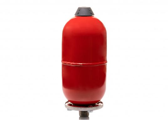 """Qualitativer Druckausgleichstank zur Installation in der Leitung zwischen Druckwasserpumpe und Zapfstelle. Gleicht Druckschwankungen im Wassersystem aus und das störende """"Pulsieren"""" der Druckschalterpumpe gehört der Vergangenheit an. Schlauchanschluss: 13 mm (1/2"""")."""
