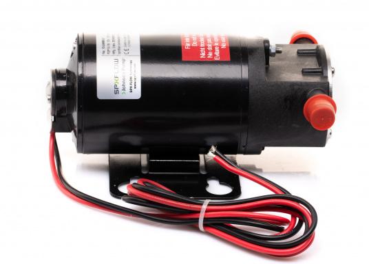 Ideal für der Bilge, als Öl- oder Dieselpumpe, als Deckwaschpumpe, als Feuerlöschpumpe, als Frischwasserpumpe etc. Erhältlich in 12 oder 24 V. (Bild 3 von 6)