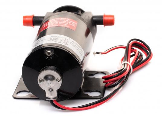 Ideal für der Bilge, als Öl- oder Dieselpumpe, als Deckwaschpumpe, als Feuerlöschpumpe, als Frischwasserpumpe etc. Erhältlich in 12 oder 24 V. (Bild 4 von 6)
