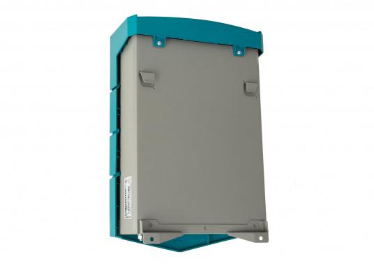 ChargeMaster PLUS ist die nächste Generation der Batterieladegeräte, die zahlreiche Funktionen in einem Gerät vereint.Anzahl der Batterieausgänge: 2 + 1. Ladestrom insgesamt: 60 A. (Bild 7 von 8)