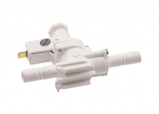 """Der Druckschalter von WHALE schaltet die Pumpe durch Messen des Wasserdrucks, selbstständig ein oder aus. Der Einbau erfolgt einfach in einer 13 mm (1/2"""") Wasserleitung. Spannung: 12 / 24 V. (Bild 4 von 4)"""