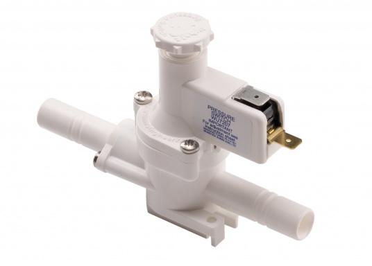 """Der Druckschalter von WHALE schaltet die Pumpe durch Messen des Wasserdrucks, selbstständig ein oder aus. Der Einbau erfolgt einfach in einer 13 mm (1/2"""") Wasserleitung. Spannung: 12 / 24 V."""