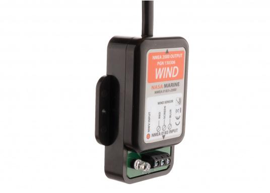 Affiche la direction du vent sur les écrans de votre réseau NMEA 2000 grâce à la girouette NASA NMEA 2000. Le système comprend une girouette-anémomètre V2 NASA (avec un câble de mât de 20m) et un convertisseur NMEA 0183 conçu spécialement pour les données vent. (Image 7 de 8)