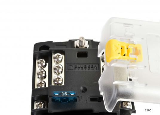 Kompakte Sicherungs-, Anschalt- und Verteilerbox für12 Verbraucher. Belastbarkeit bis zu 30 Amp. je Verbraucher (max. Systembelastung 100 Amp.).Die Sicherungsbox dient gleichzeitig als Verteilersystem für den Masseanschluss.  (Bild 3 von 4)
