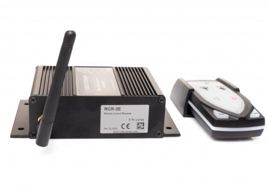 Telecomando adatto a tutti i sistemi Side-Power con controllo a 4 fili realizzati dall'anno 2000. Completo di stazione base. (1 trasmettitore, 1 ricevitore). Connettore pronto per il collegamento (Plug and play). (Immagine 2 di 4)