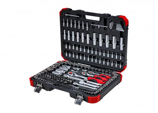 Der Werktzeugkoffervon GEDORE lässt Sie in keiner Situation im Stich! Dank seiner 172 Teile haben Sie immer das passende Werkzeug parat.  (Bild 6 von 6)