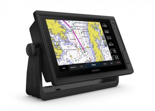 "The intuitive GPSMAP 922 Plus chartplotter, with its extremely bright display, is easy to read even in sunlight. Its 9"" touchscreen is perfect for displaying charts, easy to operate and seamlessly integrates into your Garmin marine system."