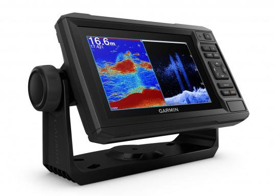 """Der Kartenplotter ECHOMAP 62cv UHDinkl. GT24-UHD-TM-Geberist auch bei Sonneneinstrahlung gut lesbar. Ausgestattet mit einem 6"""" Touchscreen und einem Haltebügel mit Schnellentriegelung. Der im Lieferumfang enthaltene Geber liefert per Ultra-HD ClearVü ein gestochen scharfes Bild sowie traditionelle High-Wide CHIRP Echolotbilder mit weiteren detailgenauen Unterwasserstrukturen. (Bild 2 von 12)"""