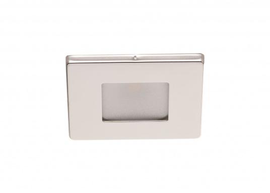 Die LED-EinbauleuchteTHABIT Q inklusive Touchschalterist dank ihrem modernen Design ein richtiger Hingucker. Sie sieht nicht nur schick aus, sondern erzeugt auch mit ihrer warmweißen Lichtfarbe eine angenehme Atmosphäre. Ebenfalls bietet diese spezielle Leuchte eine einfache Montage sowie ein robustes Gehäuse aus Edelstahl. (Bild 2 von 5)