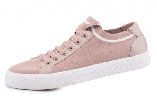 Die leichteste Art, bequem zu gehen. Der super trendige und innovative Damen Sneaker SWAN bietet neben hohem Tragekomfort auch einen sicheren Stand. Ausgestattet mit einer Laufsohle aus Gummi und Stretchmaterial. Größen: 37-43.