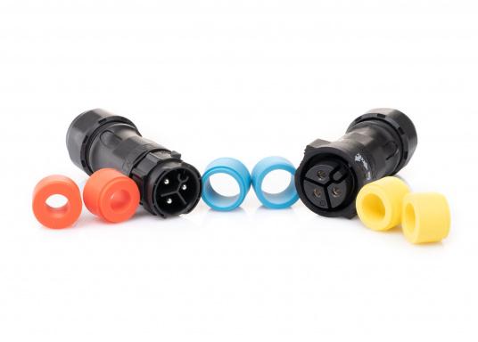 Der 3-polige X-Lok Schnellverbinder lässt sich dank seiner Push & Lock Mechanik schnell verbinden und lösen. Das Einrasten der Steckverbindung wird durch ein hörbares klicken quittiert, so lässt sich der korrekte Sitzt der Verbindung auch bei schwerzugänglichen Montageorten kontrollieren.
