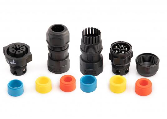 Der 5-polige X-Lok Schnellverbinder lässt sich dank seiner Push & Lock Mechanik schnell verbinden und lösen. Das Einrasten der Steckverbindung wird durch ein hörbares klicken quittiert, so lässt sich der korrekte Sitzt der Verbindung auch bei schwerzugänglichen Montageorten kontrollieren. (Bild 7 von 10)