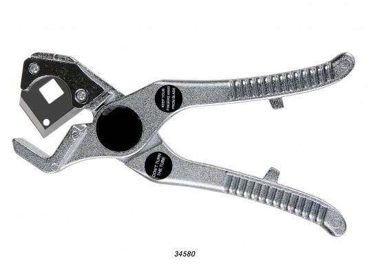 Rohrschneider fürs Connect Rohrleitungssystem. Besonders zuverlässiges Rohrleitungssystem, speziell geeignet für den Einsatz an Bord! Schnelle Installation: Dank vorgegebener Schnittmarken ist ein Ablängen der Rohre ganz einfach möglich.
