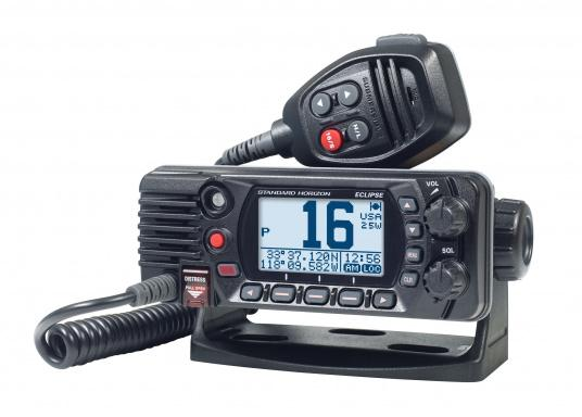 Compact VHF marine radio with Class D DSC, large display, integrated GPS antenna and NMEA 0183 interface for quick integration into an existing network. The GX1400G offers reliable performance and easy operation. (Image 3 of 7)