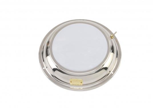 Für mehr Gemütlichkeit! Diese schöneDeckenleuchte ANNE aus Edelstahl spendetsanftes Licht und istso optimal für gemütliche Stunden an Bord geeignet. Mit Ein/Aus-Schalter. Lieferung inkl. 2 Watt G4 LED-Lampe. Multivolt: 10-30 V. (Bild 3 von 4)