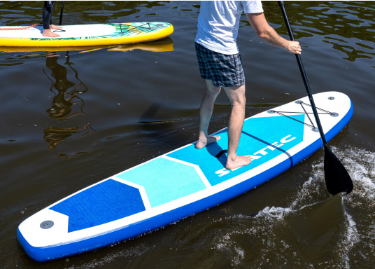 Top model in the middle range featuring an exclusive design. The iSUP 89 from SEATEC is great fun for young and old, beginners and advanced users. Length: 3.3 m, width: 75 cm. Load capacity: approx. 140 kg. (Image 13 of 18)
