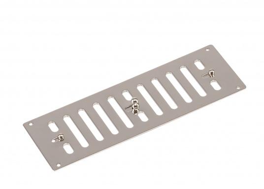 Regelbarer Lüftungsschieber aus Edelstahl. Abmessungen (B x H): 229x 76 mm.Eine passende Gegenplatte ist separat erhältlich.