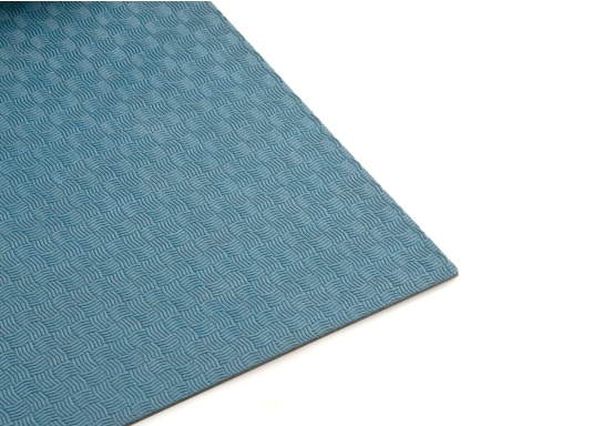 Hochwertiger Antirutsch-Belag, hergestellt aus einem Gummi- / Kork-Verbundwerkstoff.Farbe: blau.
